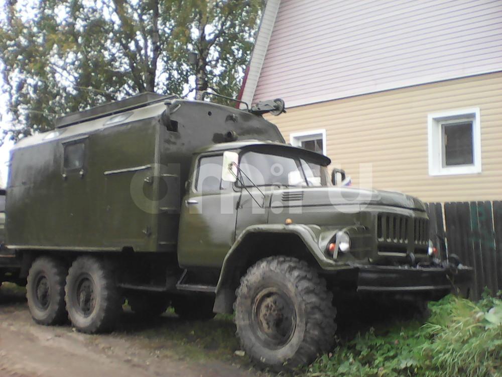Подержанный ЗИЛ 131, хорошее состояние, зеленый матовый, 1990 года выпуска, цена 300 000 руб. в Архангельске