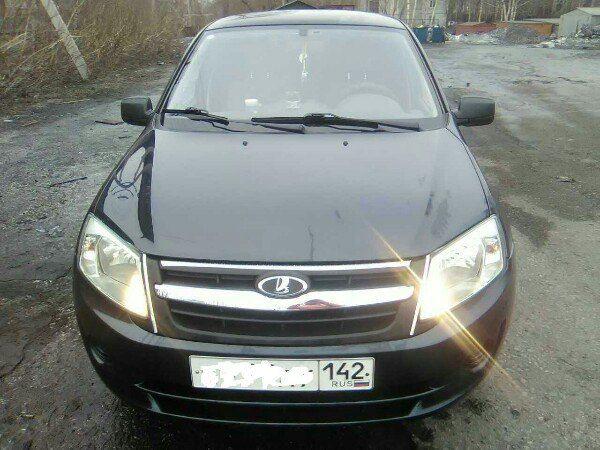 Подержанный ВАЗ (Lada) Granta, отличное состояние, синий , 2012 года выпуска, цена 240 000 руб. в Кемеровской области