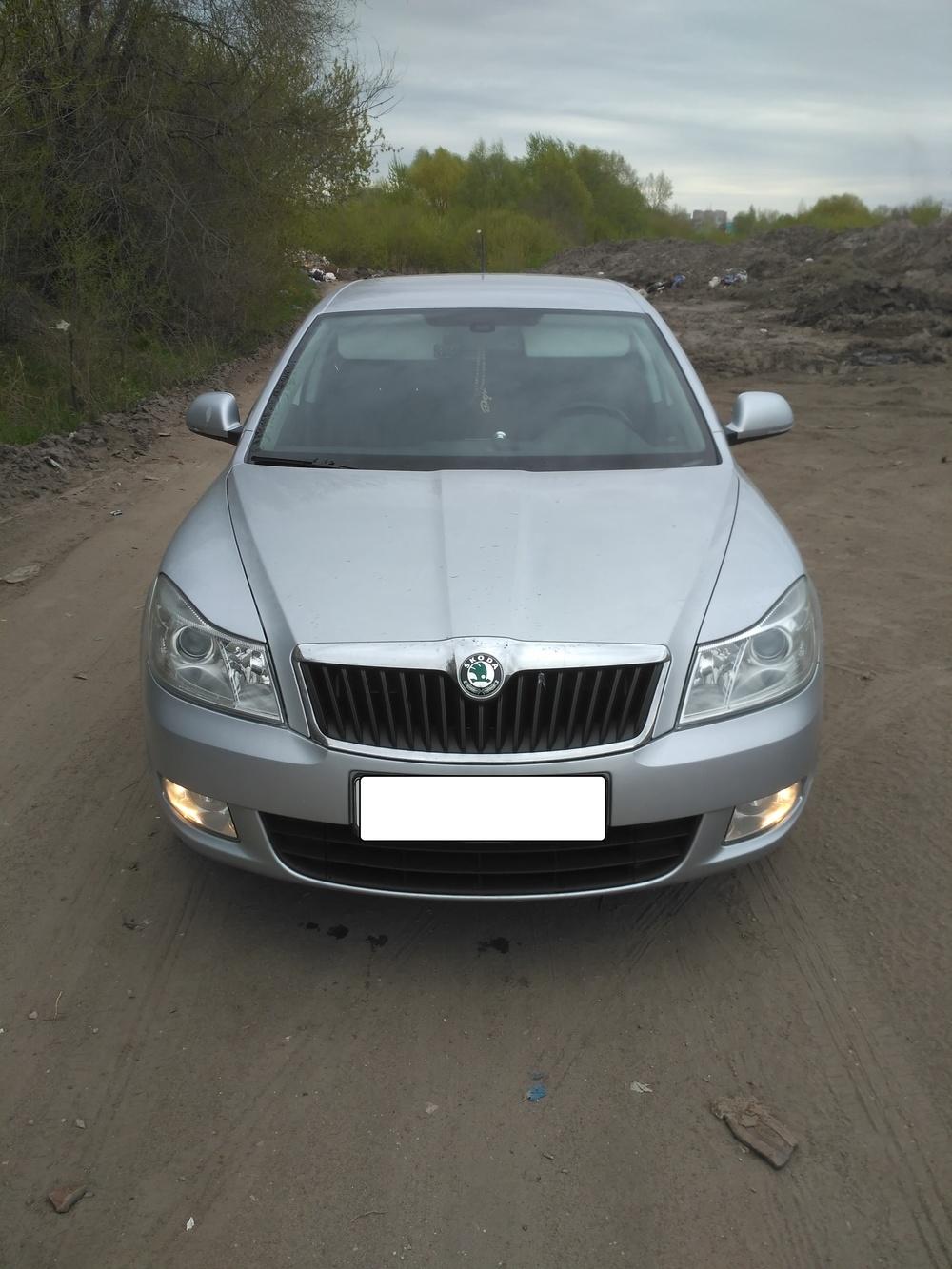Подержанный Skoda Octavia, хорошее состояние, серебряный , 2012 года выпуска, цена 550 000 руб. в Ульяновске