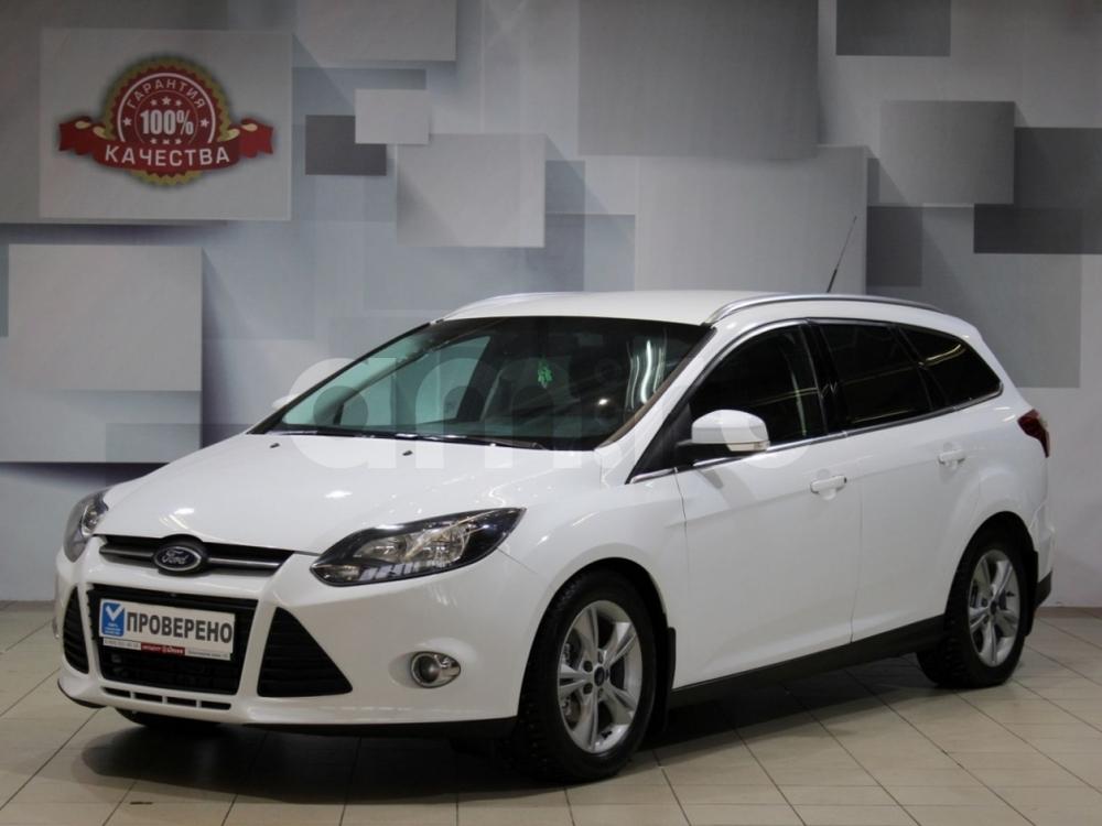 Ford Focus с пробегом, белый , отличное состояние, 2012 года выпуска, цена 469 000 руб. в автосалоне АЦ Атлантис (Москва, ш. Волоколамское, д. 103 (ст. м. Волоколамская))