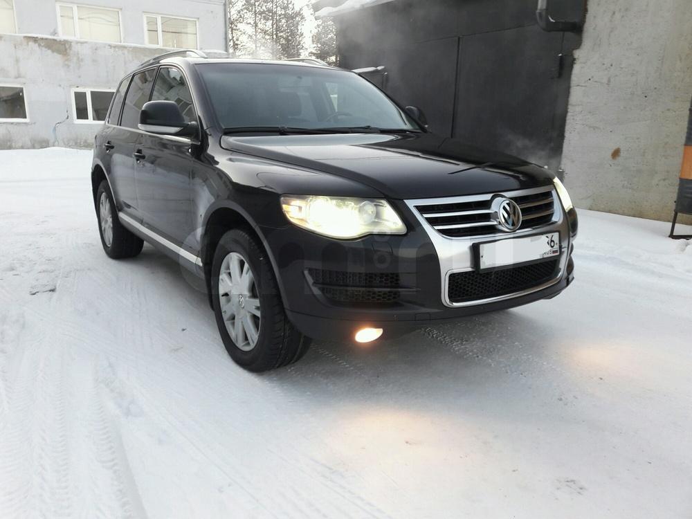 Подержанный Volkswagen Touareg, отличное состояние, черный металлик, 2008 года выпуска, цена 955 000 руб. в ао. Ханты-Мансийском Автономном округе - Югре