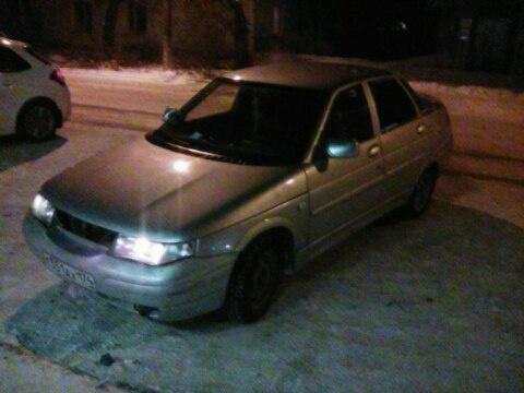 Подержанный ВАЗ (Lada) 2110, отличное состояние, серебряный металлик, 2001 года выпуска, цена 59 000 руб. в Челябинской области