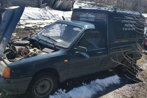 Автомобиль ИЖ 2717, хорошее состояние, 2001 года выпуска, цена 55 000 руб., Анжеро-Судженск