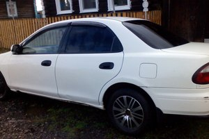 Автомобиль Mazda Familia, среднее состояние, 1997 года выпуска, цена 70 000 руб., Полевской