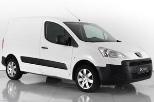 Авто Peugeot Partner, 2011 года выпуска, цена 410 000 руб., Ростовская область