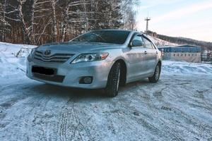 Подержанный автомобиль Toyota Camry, хорошее состояние, 2011 года выпуска, цена 800 000 руб., Челябинск