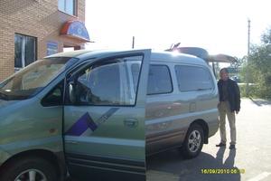 Автомобиль Hyundai Starex, битый состояние, 2004 года выпуска, цена 380 000 руб., Подольск