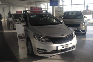 Авто Kia Rio, 2017 года выпуска, цена 760 900 руб., Москва