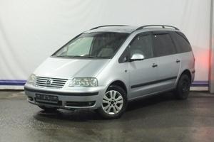 Авто Volkswagen Sharan, 2004 года выпуска, цена 470 000 руб., Москва