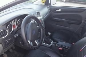 Подержанный автомобиль Ford Focus, среднее состояние, 2011 года выпуска, цена 310 000 руб., Московская область