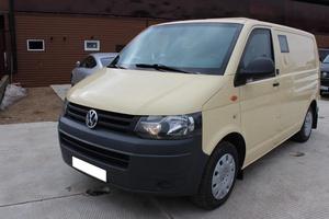 Подержанный автомобиль Volkswagen Transporter, отличное состояние, 2012 года выпуска, цена 1 239 000 руб., Московская область