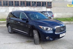 Подержанный автомобиль Infiniti QX60, отличное состояние, 2015 года выпуска, цена 2 450 000 руб., Ханты-Мансийск