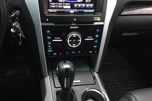 Автомобиль Ford Explorer, отличное состояние, 2014 года выпуска, цена 1 800 000 руб., Смоленск