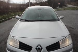 Подержанный автомобиль Renault Megane, хорошее состояние, 2006 года выпуска, цена 270 000 руб., Трехгорный