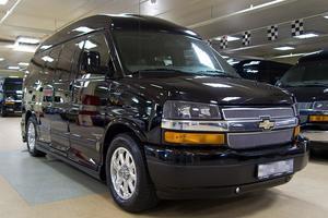 Подержанный автомобиль Chevrolet Express, отличное состояние, 2010 года выпуска, цена 2 190 000 руб., Москва