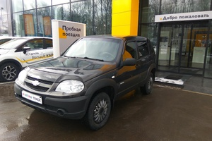 Авто Chevrolet Niva, 2011 года выпуска, цена 309 000 руб., Москва