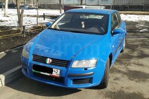 Автомобиль Fiat Stilo, хорошее состояние, 2004 года выпуска, цена 250 000 руб., Новокузнецк