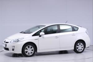 Авто Toyota Prius, 2009 года выпуска, цена 700 000 руб., Москва