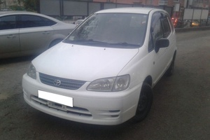 Авто Toyota Corolla Spacio, 2000 года выпуска, цена 250 000 руб., Самара