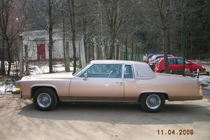 Автомобиль Cadillac De Ville, отличное состояние, 1981 года выпуска, цена 3 800 000 руб., Москва