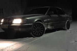 Автомобиль Audi 100, хорошее состояние, 1993 года выпуска, цена 135 000 руб., Москва