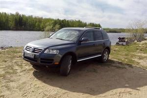 Автомобиль Volkswagen Touareg, отличное состояние, 2005 года выпуска, цена 650 000 руб., Ханты-Мансийск