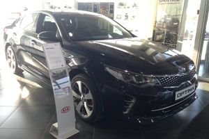 Авто Kia Optima, 2017 года выпуска, цена 1 659 900 руб., Москва