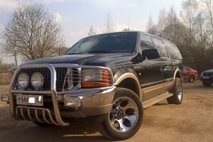 Автомобиль Ford Excursion, хорошее состояние, 2001 года выпуска, цена 870 000 руб., Москва