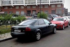 Подержанный автомобиль Audi A6, хорошее состояние, 1998 года выпуска, цена 290 000 руб., Красноярск