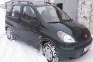 Автомобиль Toyota Yaris Verso, хорошее состояние, 2000 года выпуска, цена 230 000 руб., Сыктывкар