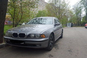 Подержанный автомобиль BMW 5 серия, хорошее состояние, 1998 года выпуска, цена 260 000 руб., Сергиев Посад