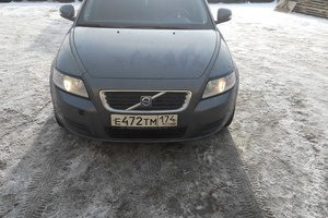 Подержанный автомобиль Volvo V50, хорошее состояние, 2010 года выпуска, цена 500 000 руб., Челябинск