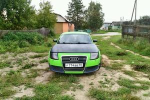 Подержанный автомобиль Audi TT, хорошее состояние, 1999 года выпуска, цена 400 000 руб., Москва и область