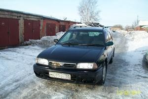 Автомобиль Nissan Avenir, среднее состояние, 1996 года выпуска, цена 145 000 руб., Омск