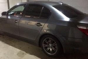 Подержанный автомобиль BMW 5 серия, хорошее состояние, 2004 года выпуска, цена 450 000 руб., Химки