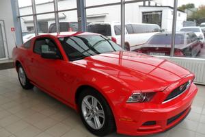 Авто Ford Mustang, 2013 года выпуска, цена 2 150 000 руб., Москва