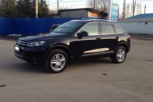 Автомобиль Volkswagen Touareg, отличное состояние, 2011 года выпуска, цена 1 580 000 руб., Чехов