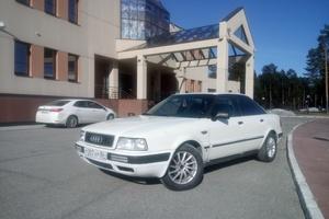 Автомобиль Audi 80, среднее состояние, 1993 года выпуска, цена 125 000 руб., Когалым