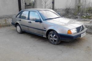 Автомобиль Volvo 440, хорошее состояние, 1990 года выпуска, цена 65 000 руб., Владимир