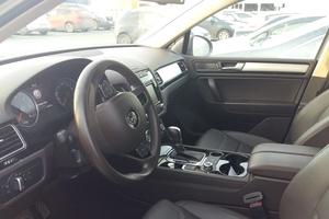 Автомобиль Volkswagen Touareg, отличное состояние, 2014 года выпуска, цена 2 150 000 руб., Казань
