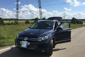 Автомобиль Volkswagen Touareg, отличное состояние, 2012 года выпуска, цена 1 530 000 руб., Москва