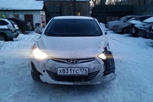 Подержанный автомобиль Hyundai Elantra, битый состояние, 2015 года выпуска, цена 580 000 руб., Челябинск