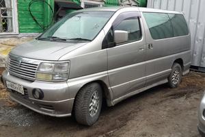 Автомобиль Nissan Elgrand, хорошее состояние, 1999 года выпуска, цена 395 000 руб., Хабаровск