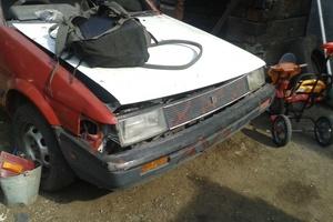 Автомобиль Toyota Sprinter, битый состояние, 1983 года выпуска, цена 20 000 руб., Улан-Удэ