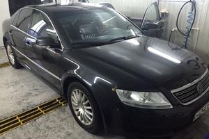 Автомобиль Volkswagen Phaeton, хорошее состояние, 2006 года выпуска, цена 450 000 руб., Москва
