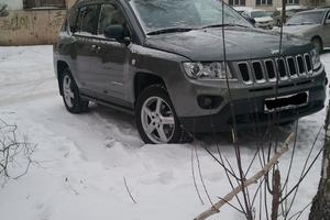 Автомобиль Jeep Compass, отличное состояние, 2012 года выпуска, цена 950 000 руб., Челябинск