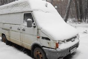 Автомобиль IVECO Daily, среднее состояние, 1995 года выпуска, цена 100 000 руб., Москва