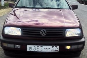 Автомобиль Volkswagen Vento, отличное состояние, 1993 года выпуска, цена 115 000 руб., Орел