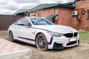 Автомобиль BMW M4, отличное состояние, 2016 года выпуска, цена 5 500 000 руб., Саратов