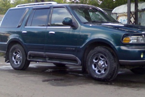 Автомобиль Lincoln Navigator, отличное состояние, 1998 года выпуска, цена 640 000 руб., Омск